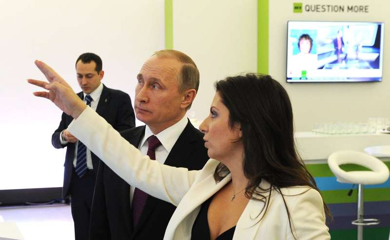 simonyan with putin.2