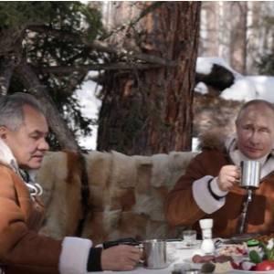 Verenigd Rusland rangeert partijleiding en premier uit